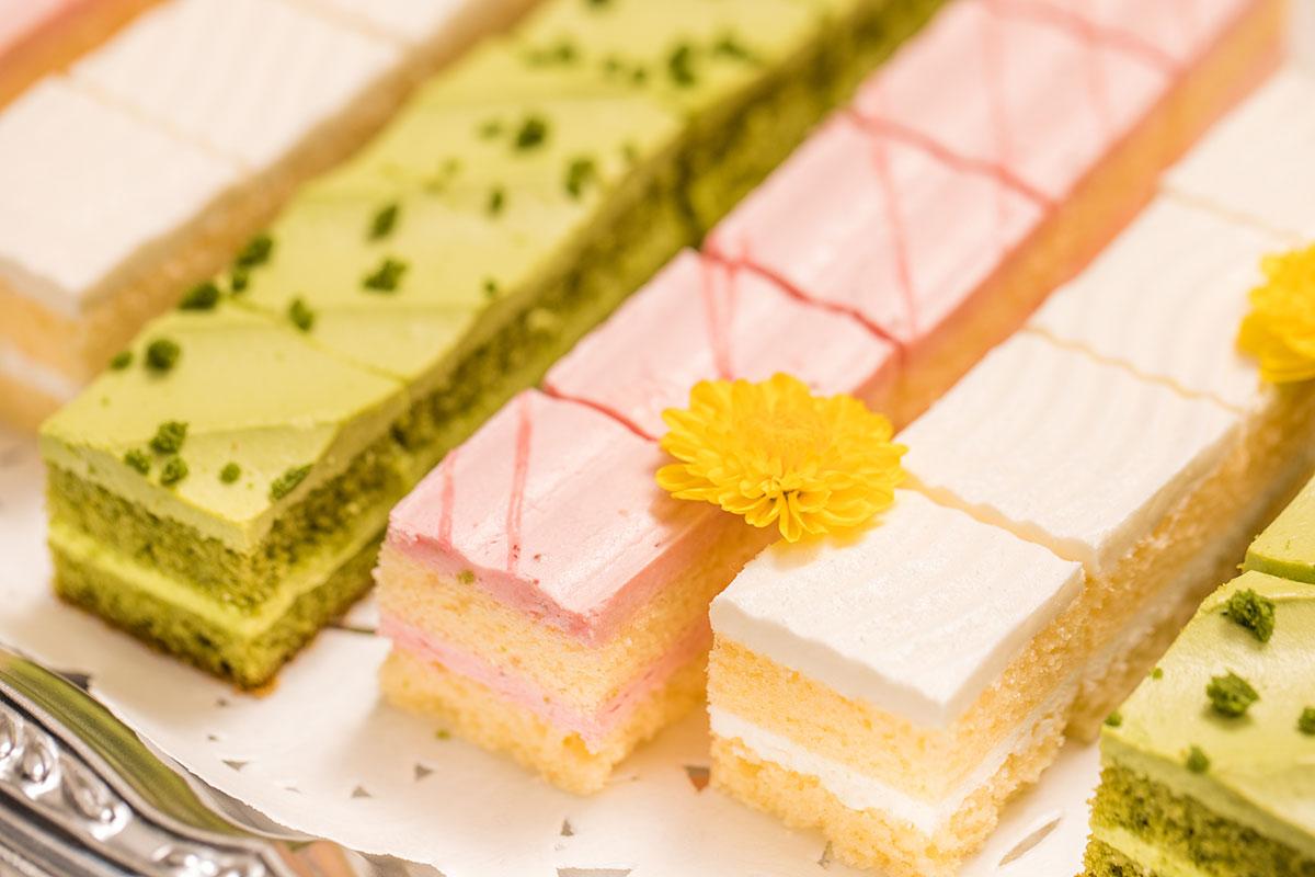 季節のカットケーキの写真